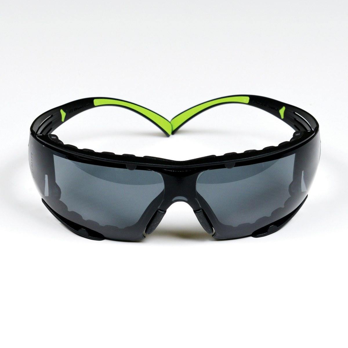 ff095490aec 3M SecureFit 400 SF402AF-FM Polycarbonate Standard Safety Glasses Gray Lens  - Black Frame - 051131-27565