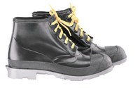 Dunlop 86104 Black 9 Chemical-Resistant Boots - Reinforced Shaft, Reinforced Toe Protection - 6 in Height - Polyurethane/PVC Upper, Polyurethane/PVC Sole and Steel Toe Cap - 791079-10802