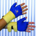 Impacto Viscolas 71420 Medium Glove Liner - 71420120032