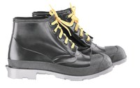 Dunlop 86103 Black 9 Chemical-Resistant Boots - 6 in Height - Polyurethane/PVC Upper and Polyurethane/PVC Sole - 791079-10794